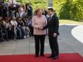 Зеленский ответил, почему не поддержал Меркель, когда ей стало плохо