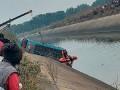 В Индии в канал упал автобус, 40 погибших