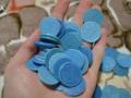 Киевляне перепродают старые жетоны на метро