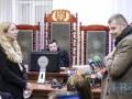 Суд второй день не может вынести решение по делу Супрун