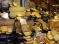 В Крыму сожгли партию европейских сыров и колбас