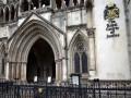 Суд Лондона приостановил выполнение решения по