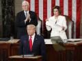 Трамп отказался пожать руку Пелоси перед выступлением в Конгрессе