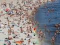 Минздрав назвал почти сто пляжей, где опасно купаться