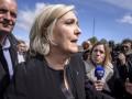 Европарламент начал процедуру снятия неприкосновенности с Ле Пен