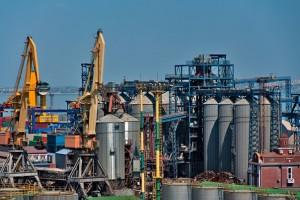 Гройсман обвинил ФГИУ в срыве приватизации Одесского припортового