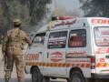 В Пакистане автобус упал в пропасть: 17 жертв