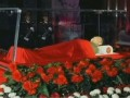 Северокорейское ТВ показало Ким Чен Ира в стеклянном гробу