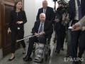 В США госпитализировали Джона Маккейна