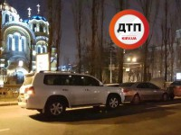 В Рождественскую ночь в Киеве произошли ДТП возле двух храмов