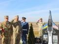 Погибший год назад на учениях экипаж Су-27 почтили памятником