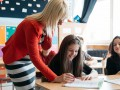 В правительстве хотят еще поднять оклад учителям