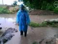 Сильный ливень в Мариуполе утопил блиндажи военных