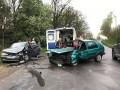 Под Черновцами столкнулись три авто, пострадали 5 человек