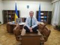 Отчет за 100 дней: министр юстиции сделал фото, сидя на столе