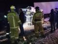 В России при столкновении микроавтобуса и фуры погибли 10 человек