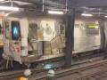 В Нью-Йорке на Манхэттене сошел с рельсов поезд метро