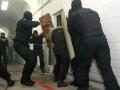 В российской тюрьме заключенные устроили бунт