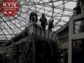 В Киеве на Севастопольской площади сносят МАФы
