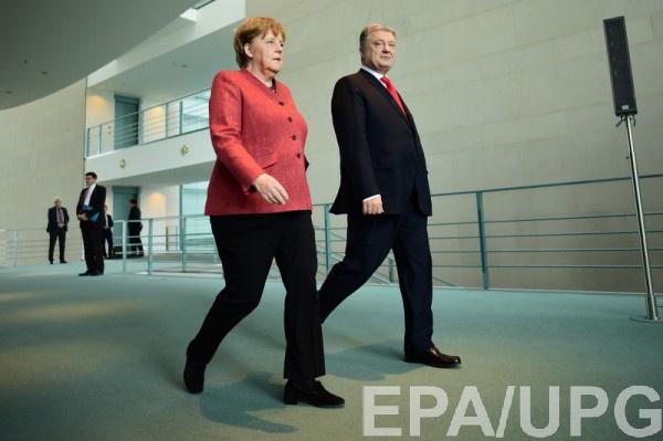 Порошенко в Берлине заявил, что не видит смысла комментировать ссору с Зеленским