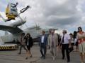 В Киеве открылась выставка аэродромной автотехники