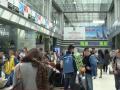 Сотни украинцев заблокированы в аэропортах разных стран из-за долгов авиаперевозчика