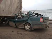 В Кировоградской области Skoda въехала в грузовик, трое погибших