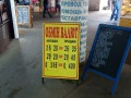 Курс валют на 24 мая: гривна замедлила падение