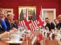В Лондоне проходят переговоры Трампа с Мэй