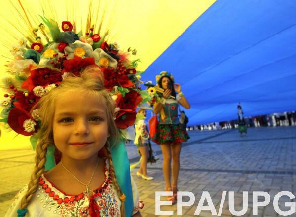 Большинство жителей нашей страны считают себя украинцами