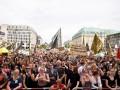 В Берлине протестовали сторонники и противники ультраправых