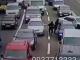 В Киеве банда в балаклавах прямо в пробке ограбила водителя