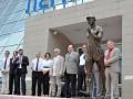 В Сумах бронзового Ленина переплавили на памятник олимпийцу