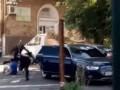 Видео попытки вооруженного ограбления в Киеве