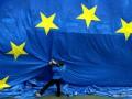 В Киев приехал комиссар ЕС для обсуждения механизмов адаптации экономики к евростандартам