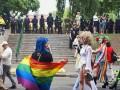 ТОП самых странных и необычных костюмов на ЛГБТ-параде – фото