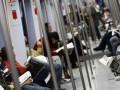 В Германии окна метро будут рассказывать рекламу спящим пассажирам