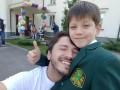 Украинские звезды отправили детей в школы