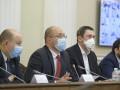 Пик эпидемии COVID-19 в Украине: Шмыгаль назвал даты