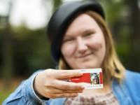 В Нидерландах запретили делать фото на документы в дуршлаге
