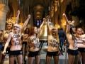 Суд в Париже оправдал активисток FEMEN, раздевшихся в соборе