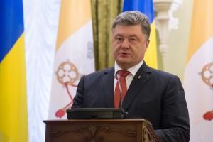 Порошенко - Путину: Хватит фантазий, выполняйте Минск