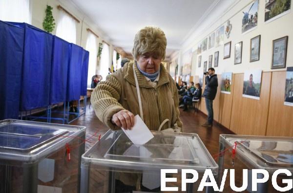 Избирателей уже пытаются подкупить лекарствами и другими товарами