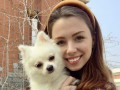 Оставьте собаку в посольстве: Зеленский – украинке, оставшейся в Ухане