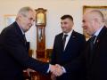 Земан пообещал поговорить с Зеленским об автономии для русинов