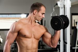 Маленькие гантели - большие мышцы: новый парадокс от ученых