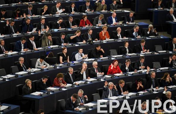 Европарламент готовится поддержать идею о запрете кораблям РФ входит в порты ЕС