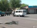 В Ереване возле захваченного здания полиции слышны взрывы