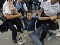 Протесты в Гонконге: демонстрантов атаковали сторонники властей