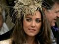 Журнал Берлускони разместил топлес-фото жены принца Уильяма на 19-ти страницах